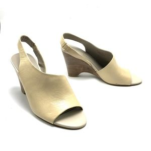 FRANCO SARTO Cream Leather Fashion Sandals